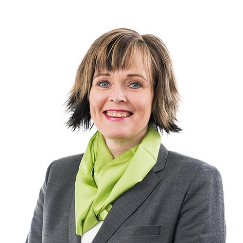 Kuvassa OmaSp:n riskienhallintapäällikkö Riikka Yli-Kauppila