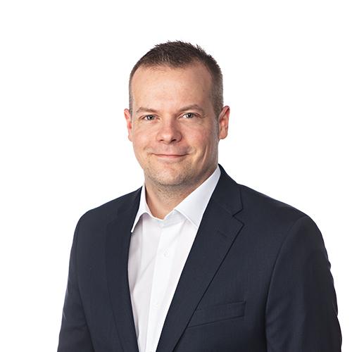 Kuvassa OmaSp:n sisäinen tarkastaja Jussi Korhonen